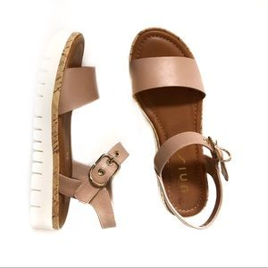 Unisa Shoes - 🆕Unisa Unbrieza Blush Sandals 7.5